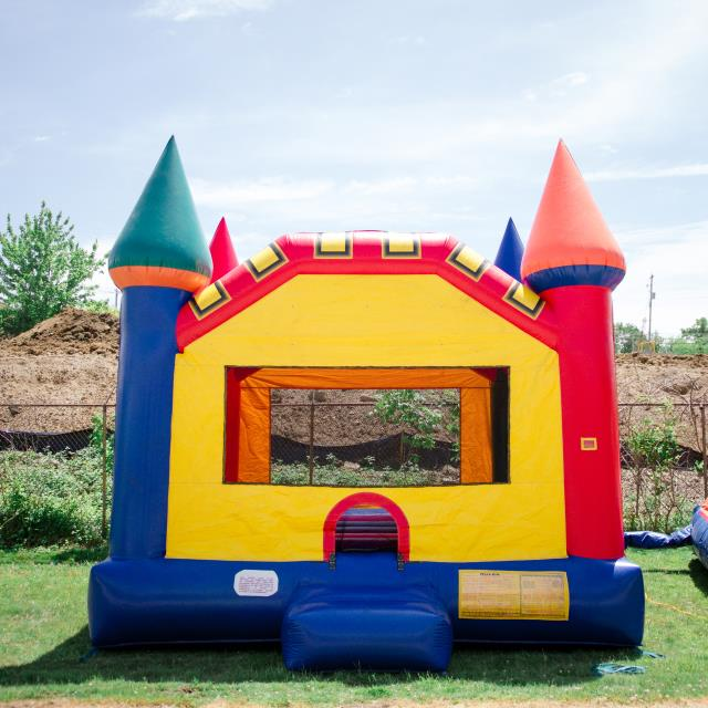 Where to find GAME INFLATABLE CASTLE in Mentor