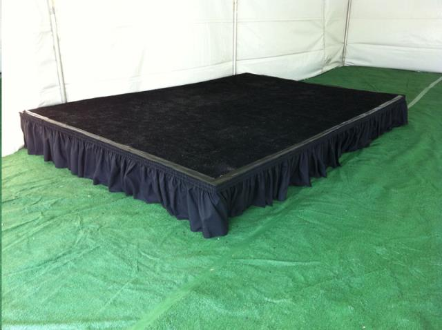 Where to find STAGE-BLACK TURF CARPET SECT. in Mentor