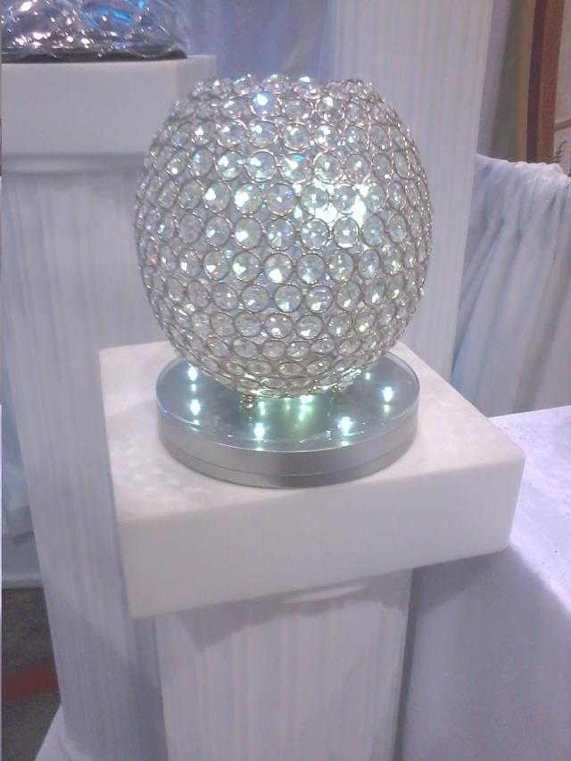 Centerpiece Crystal Ball Rentals Mentor Oh Where To Rent