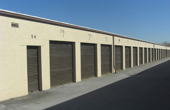 Mini storage rentals at Sun Rental serving Northeast Ohio